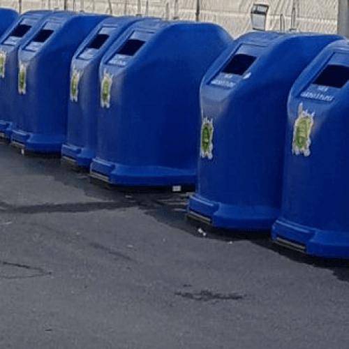 Adra (Almería) recibe nuevos contenedores de superficie