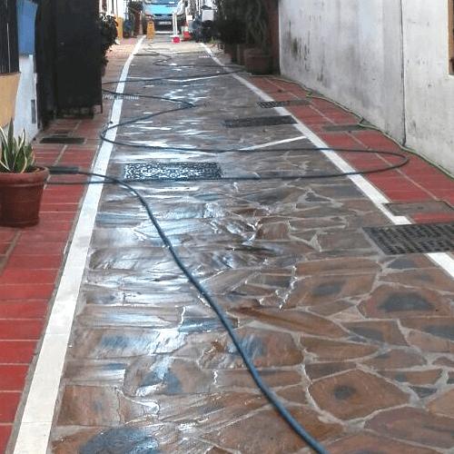Novatecnic realiza trabajos de recuperación pavimentos en Marbella