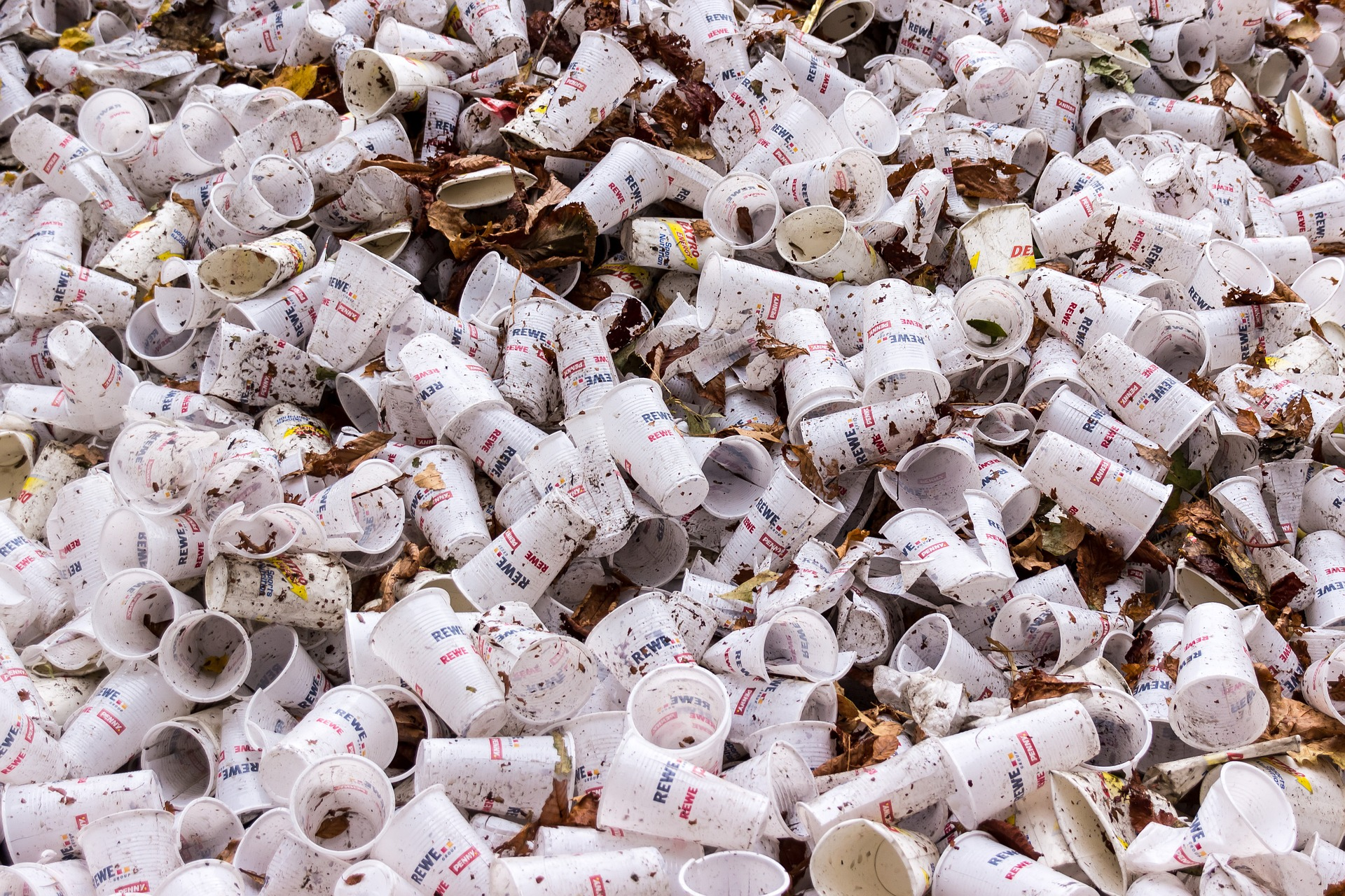contenedor-de-reciclaje-plastico
