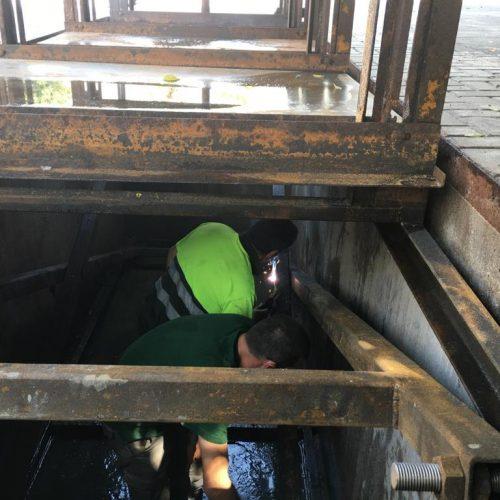 Mantenimiento de contenedores soterrados en Almuñécar