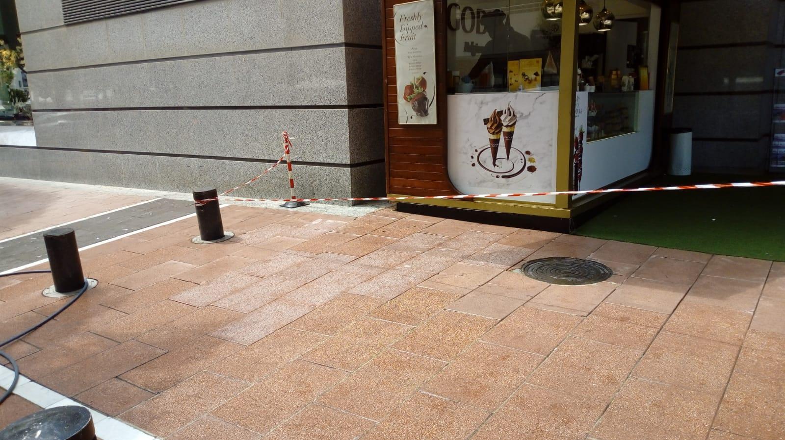 Limpieza y reparación de mobiliario urbano