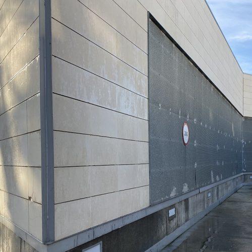 Finaliza el tratamiento para la eliminación de graffitis en San Juan de Aznalfarache